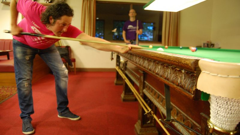 Steve goes back into the lead at Oakleigh Lodge Social Club