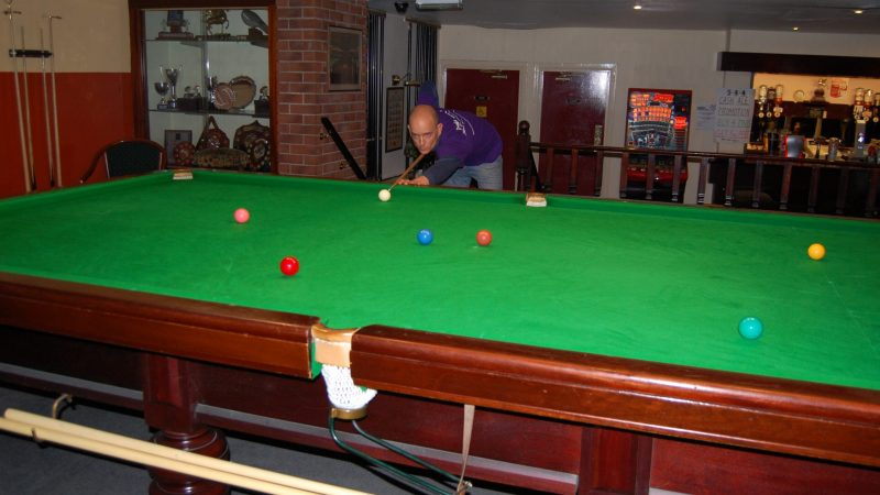 Jon wins black ball frame at Pegasus Snooker Club