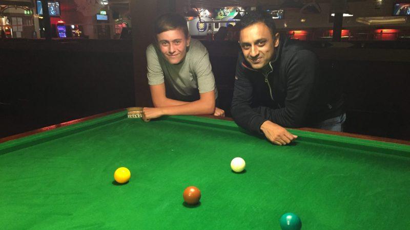 Callum Hodgman and Nav Hussain reach final of the Nottingham Snooker Classic